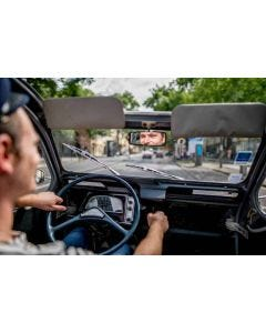 Visit Bordeaux Eternel in a Citroën 2CV - 1h30 for two persons